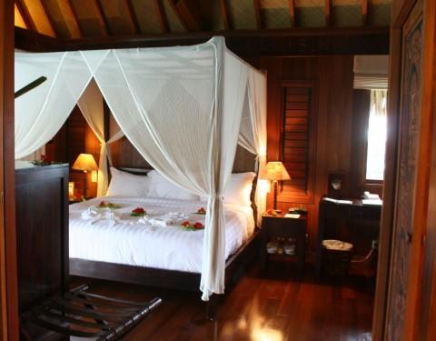 Bora Bora Overwater Bungalow Sexy Bed